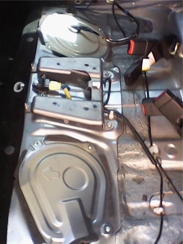 Замена топливных фильтров на Subaru Forester sh