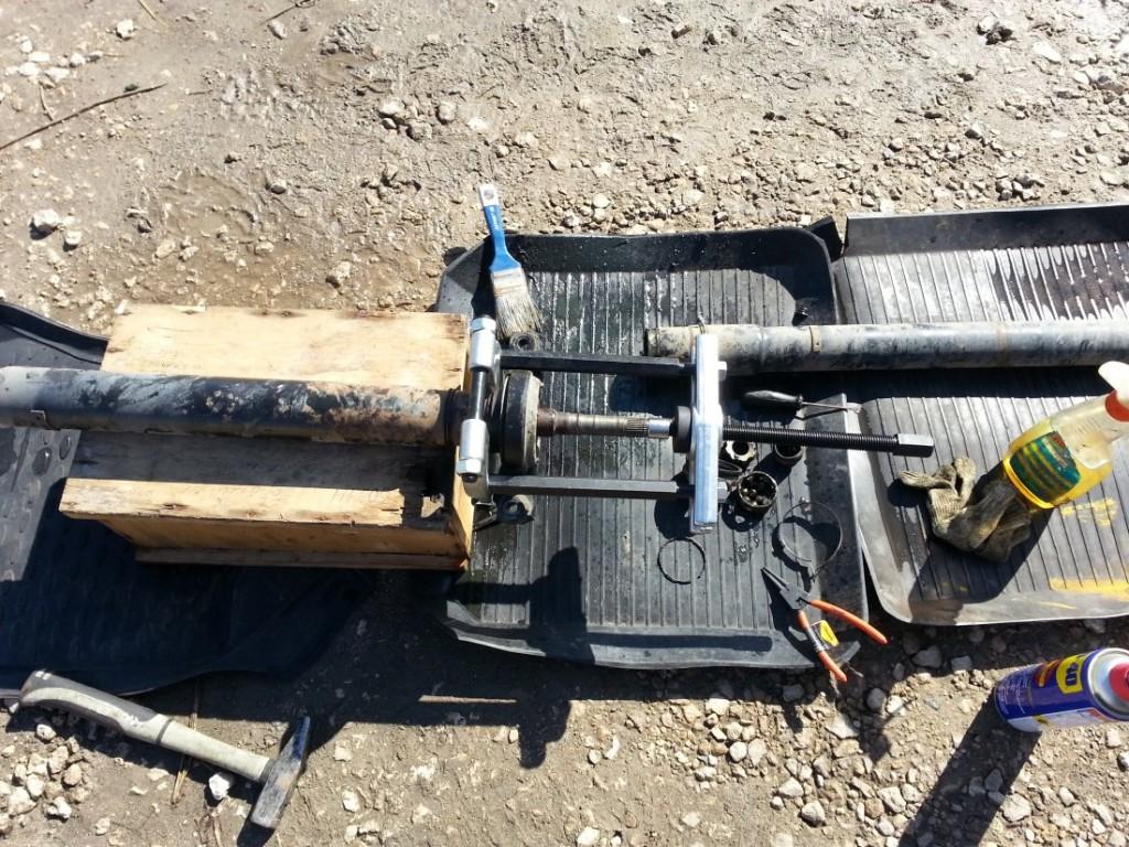Subaru Outback замена подвесного подшипника карданного вала